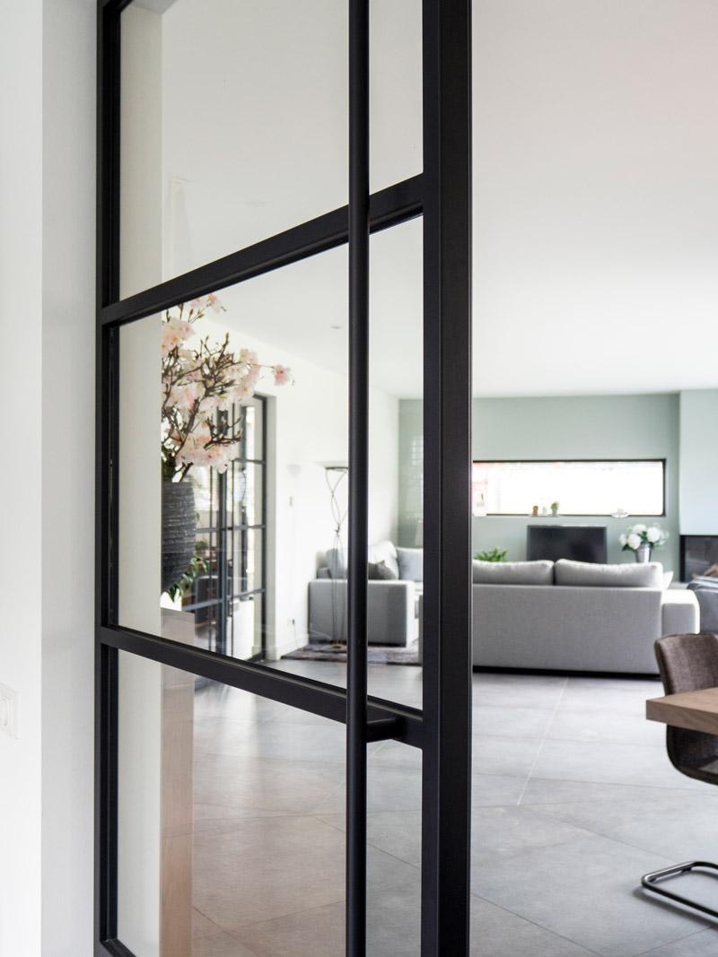 details-stalen-deuren