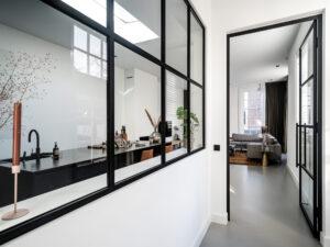 Stalen scharnierdeuren en venster in Amersfoort